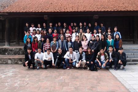 Giờ học thực tế kiến thức lớp BT35 tại chùa Đậu (Thường Tín - Hà Nội)