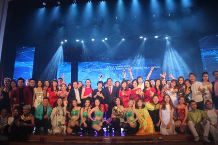 Gala Xuân no3 & Kỷ niệm 5 năm thành lập Khoa Nghệ thuật đại chúng