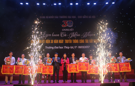 Chung kết Liên hoan Ca-Múa-Nhạc kỷ niệm 30 năm Ngày truyền thống công tác xây dựng Đảng Khối các trường ĐH, CĐ HN