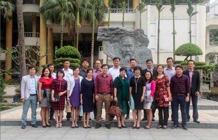 Tiếp đón Đoàn cán bộ Trường Cao đẳng nghề Du lịch Nha Trang