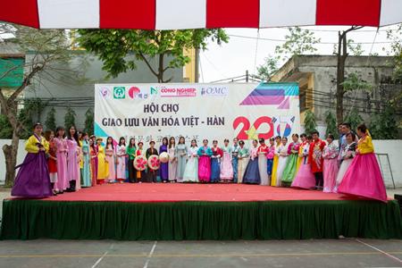 Hội chợ giao lưu văn hóa Việt - Hàn 2017