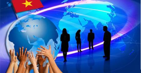 Vấn đề giữ gìn và giáo dục các giá trị truyền thống trong nền kinh tế thị trường và xu hướng toàn cầu hóa