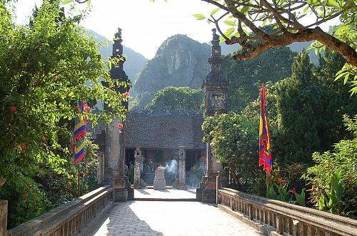 """Khảo về """"Đại Cồ Việt"""" (Nước Việt - nước Phật giáo)"""