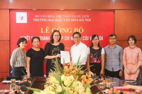 Lễ Công bố Quyết định thành lập Tạp chí Nghiên cứu Văn hóa