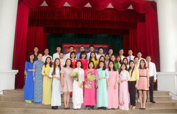 Lễ kết nạp Đảng viên mới năm học 2016 - 2017
