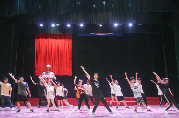 """Workshop """"Urban choreography"""" - Khoa Nghệ thuật đại chúng"""