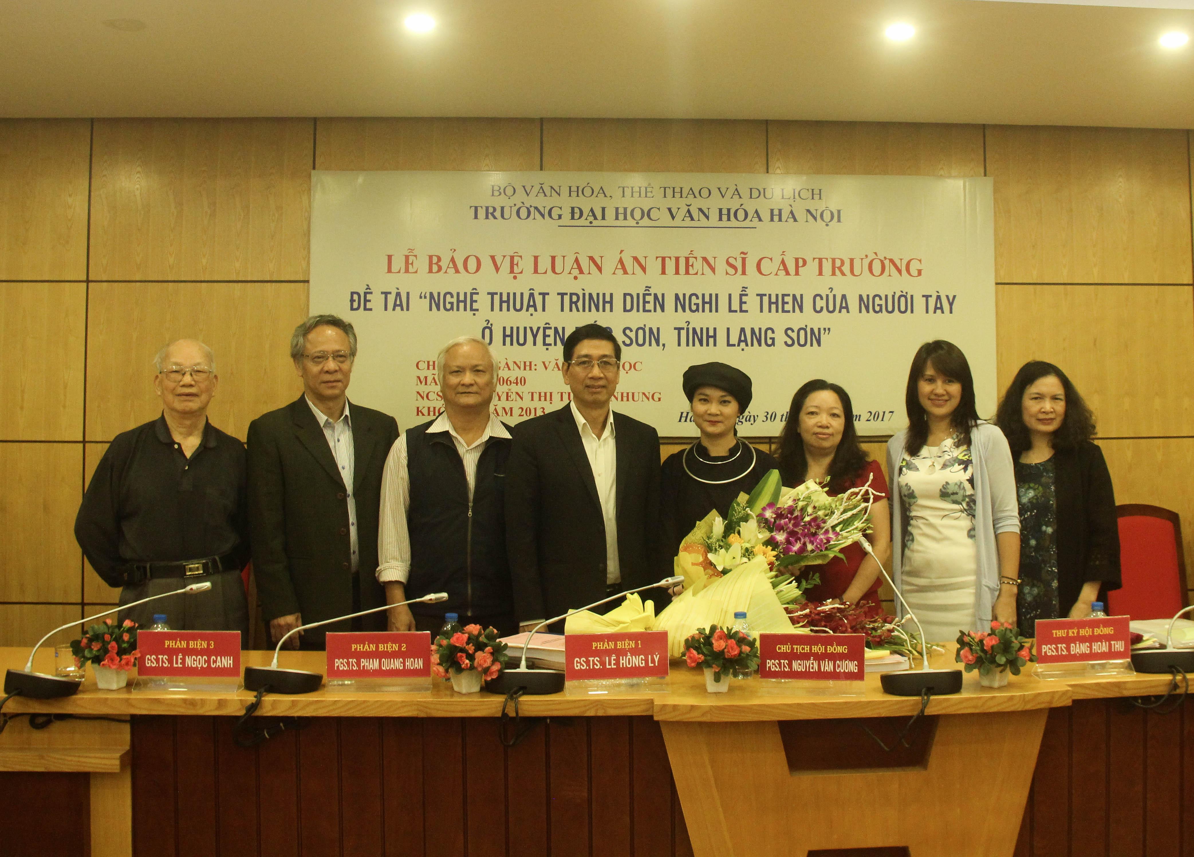 Lễ bảo vệ Luận án của NCS Nguyễn Thị Tuyết Nhung