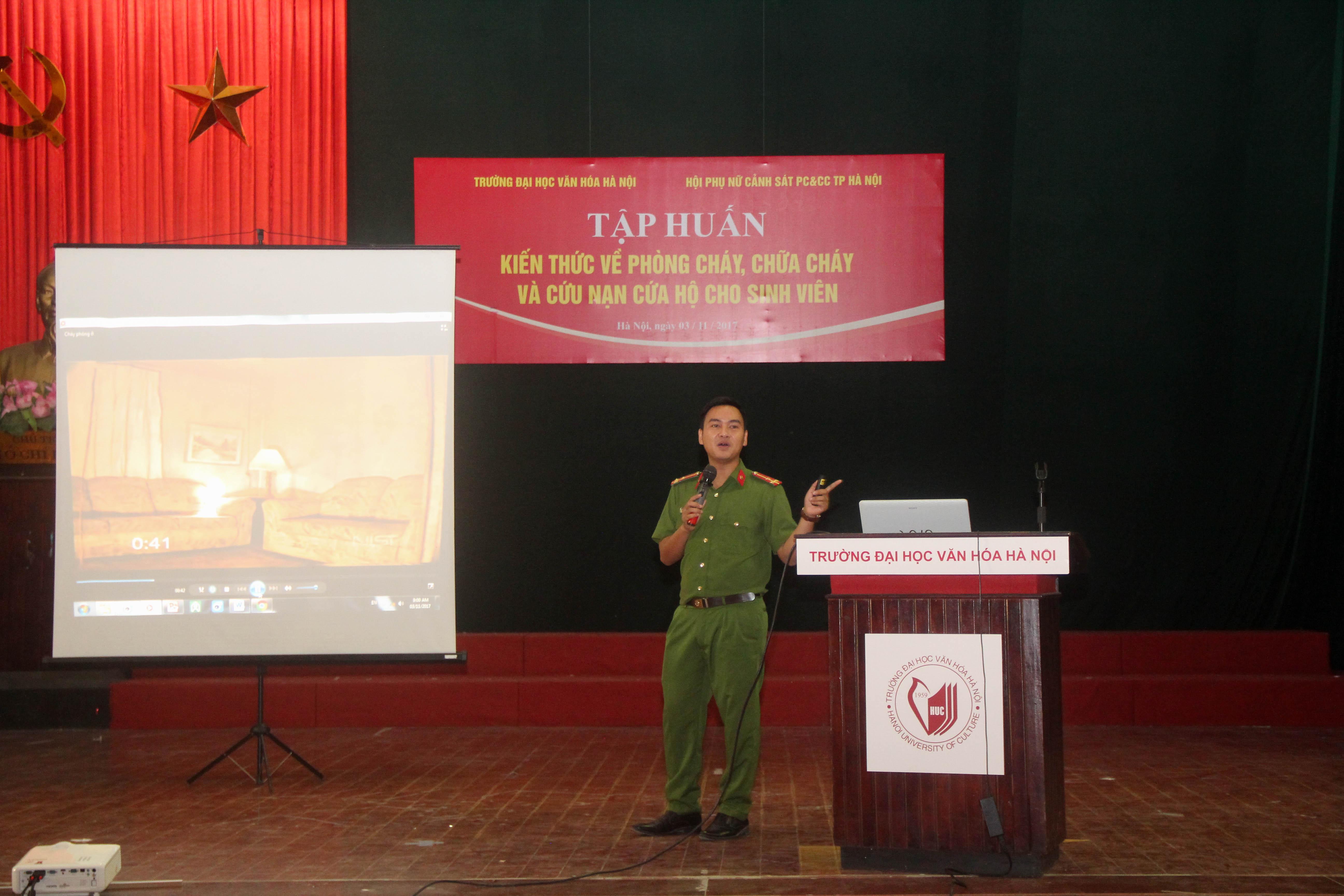 Tuổi trẻ trường Đại học Văn hóa Hà Nội cùng công tác phòng cháy, chữa cháy