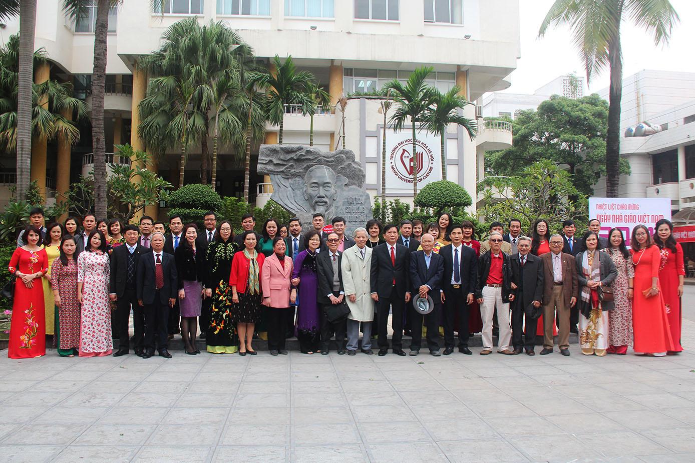 Lễ kỷ niệm Chào mừng Ngày Nhà giáo Việt Nam 20 - 11