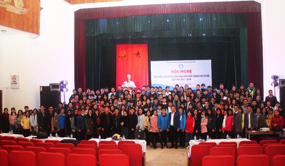 Hội nghị tập huấn cán bộ Hội Sinh viên chủ chốt Thành phố Hà Nội năm học 2017 - 2018