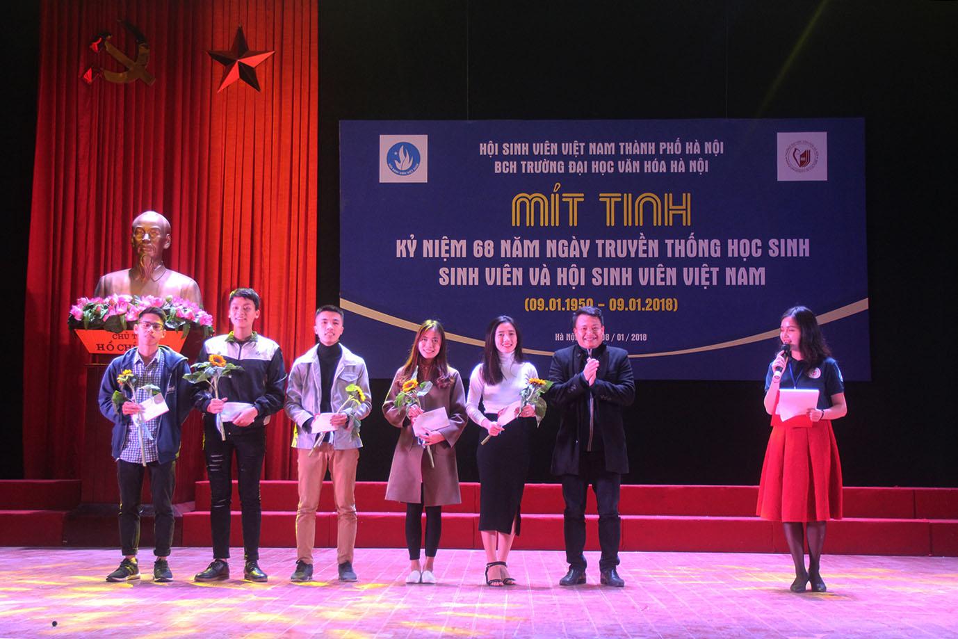 """""""Chuẩn cơm HUC nấu"""" - Chào mừng 68 năm Ngày Truyền thống Học sinh - Sinh viên và Hội Sinh viên Việt Nam"""