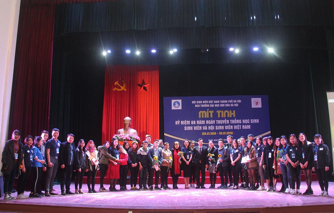 Lễ kỷ niệm 68 năm Ngày Truyền thống Học sinh - Sinh viên và Hội sinh viên Việt Nam