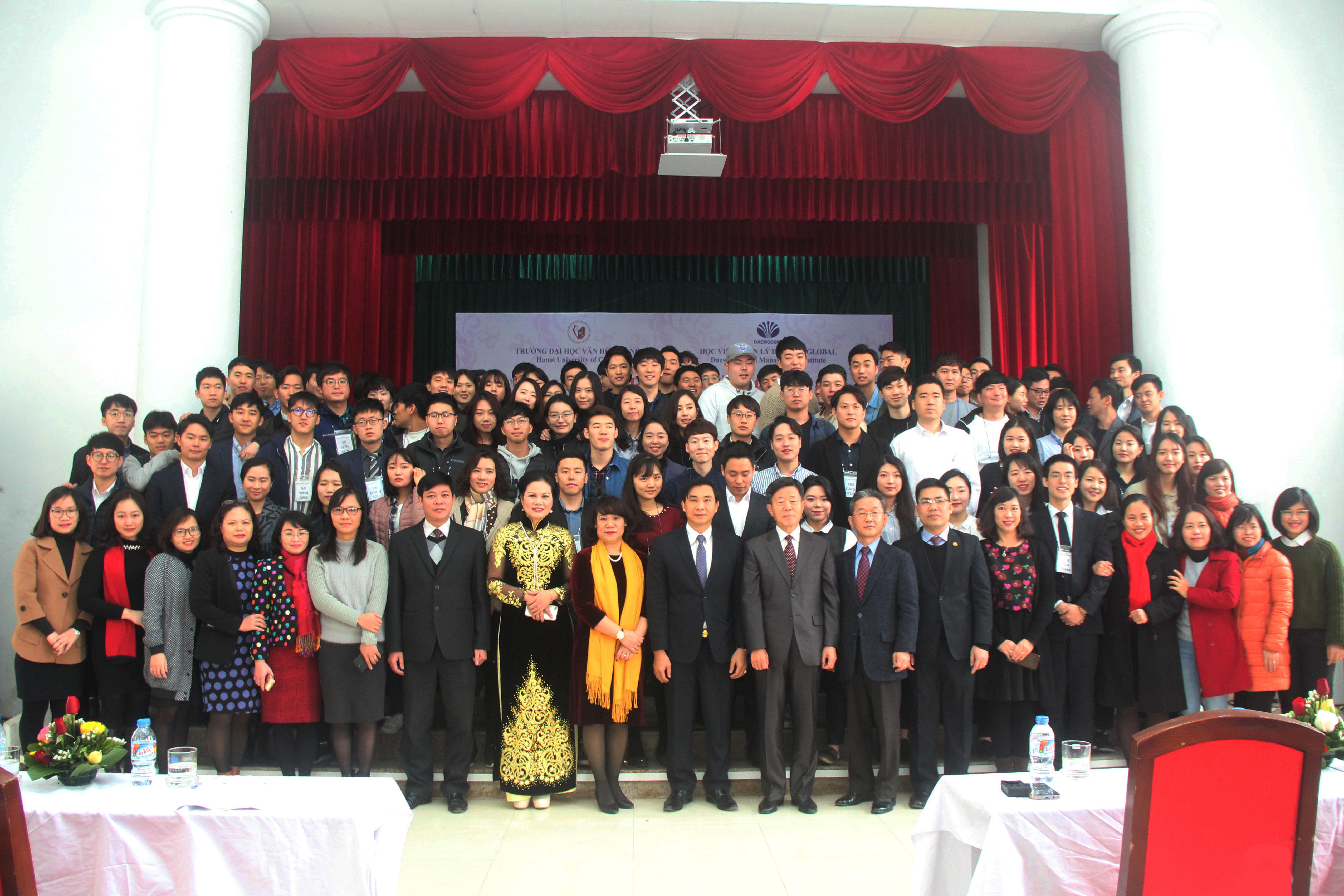 Lễ trao thưởng cho học viên xuất sắc giai đoạn Sơ cấp chương trình đào tạo tiếng Việt thuộc dự án GYBM 7