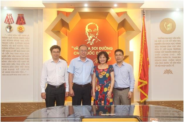 Tiếp và làm việc với Hiệu trưởng trường Đại học Văn hóa Thành phố Hồ Chí Minh