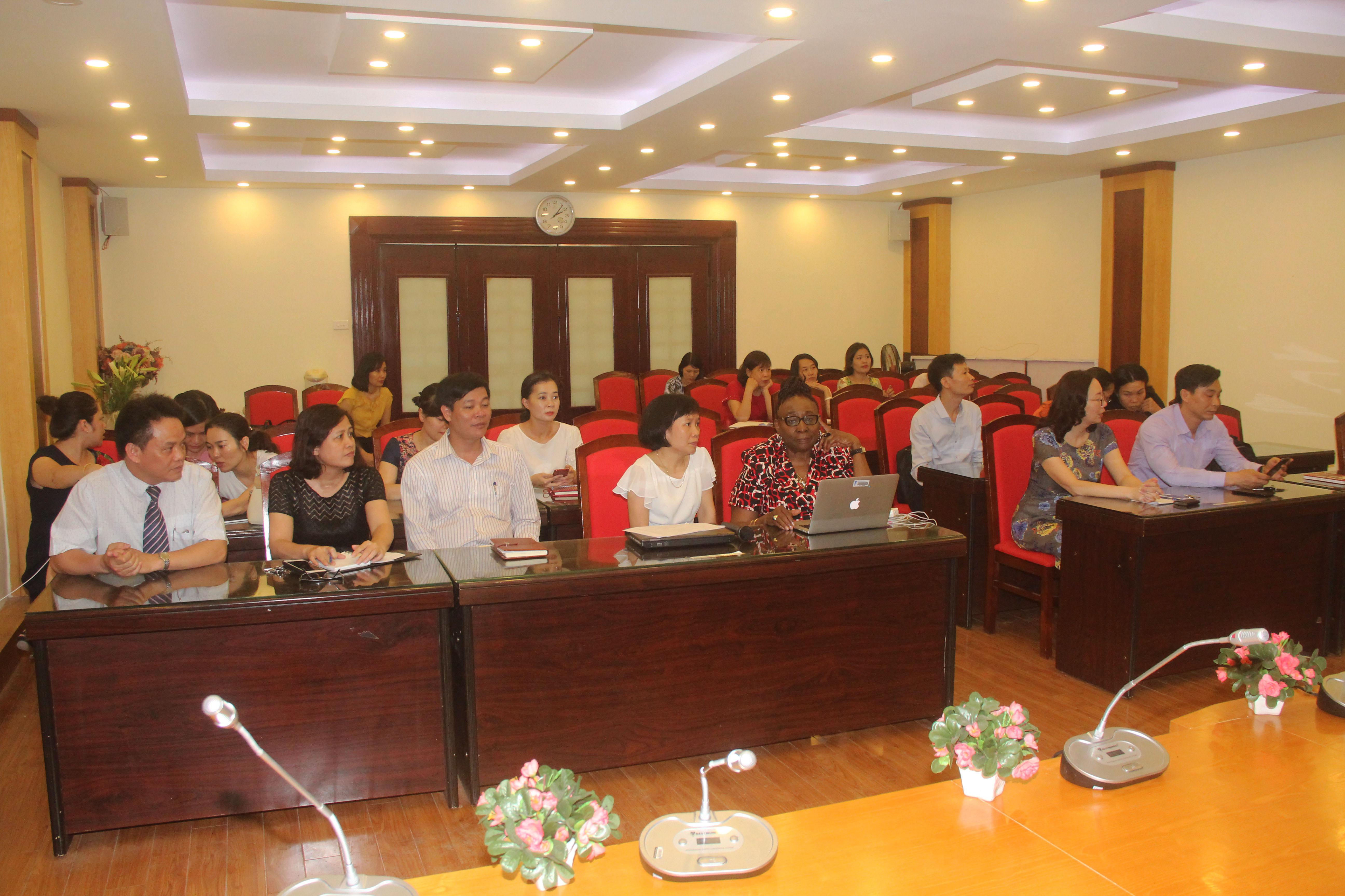 Khai mạc chương trình Tập huấn Hướng tới chương trình đào tạo mới và đội ngũ giảng viên chất lượng cao