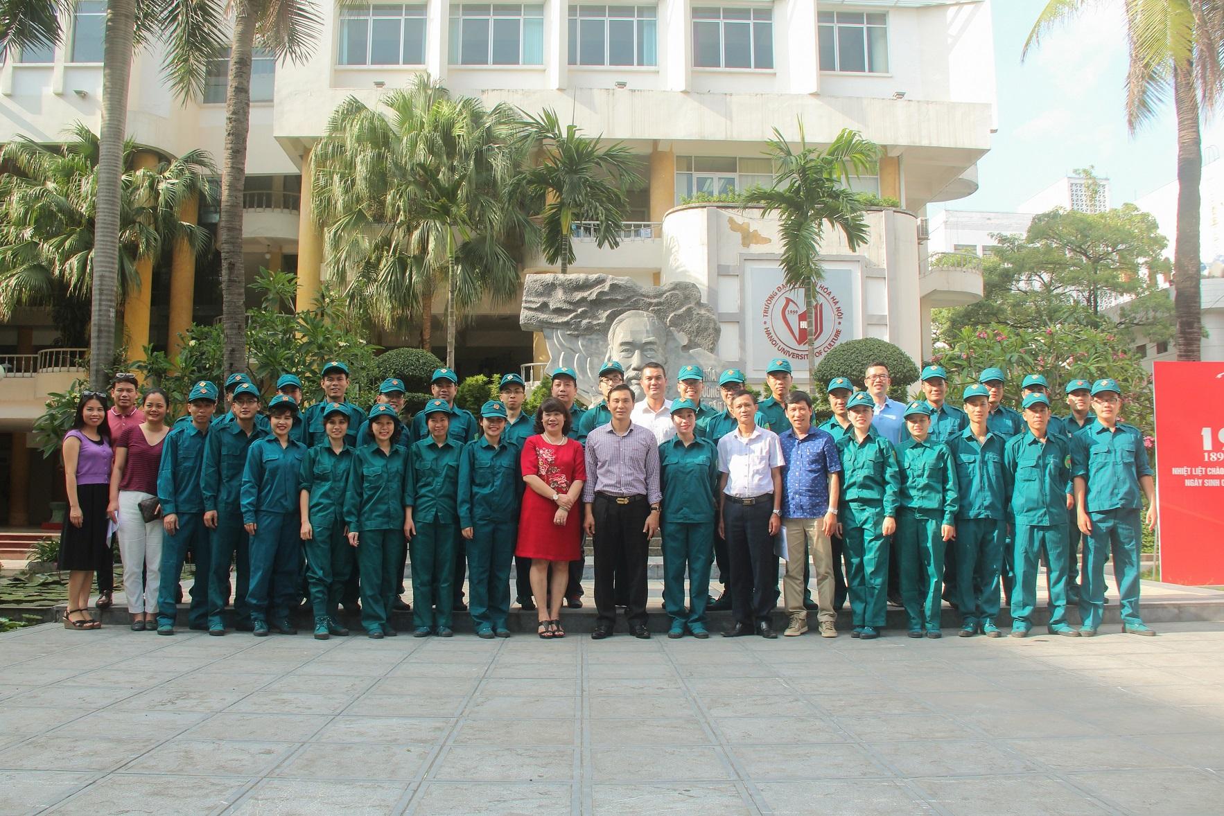 Trường Đại học Văn hóa Hà Nội ra quân Huấn luyện dân quân tự vệ năm 2018