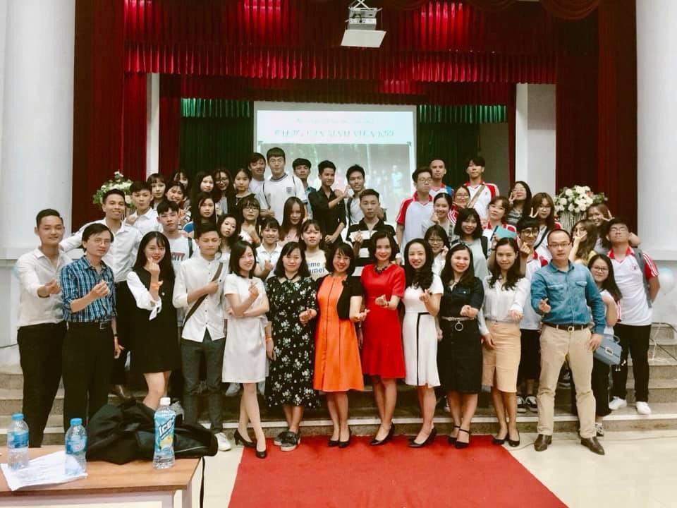 Chương trình văn nghệ Chào tân sinh viên K59 Khoa Quản lý văn hóa nghệ thuật