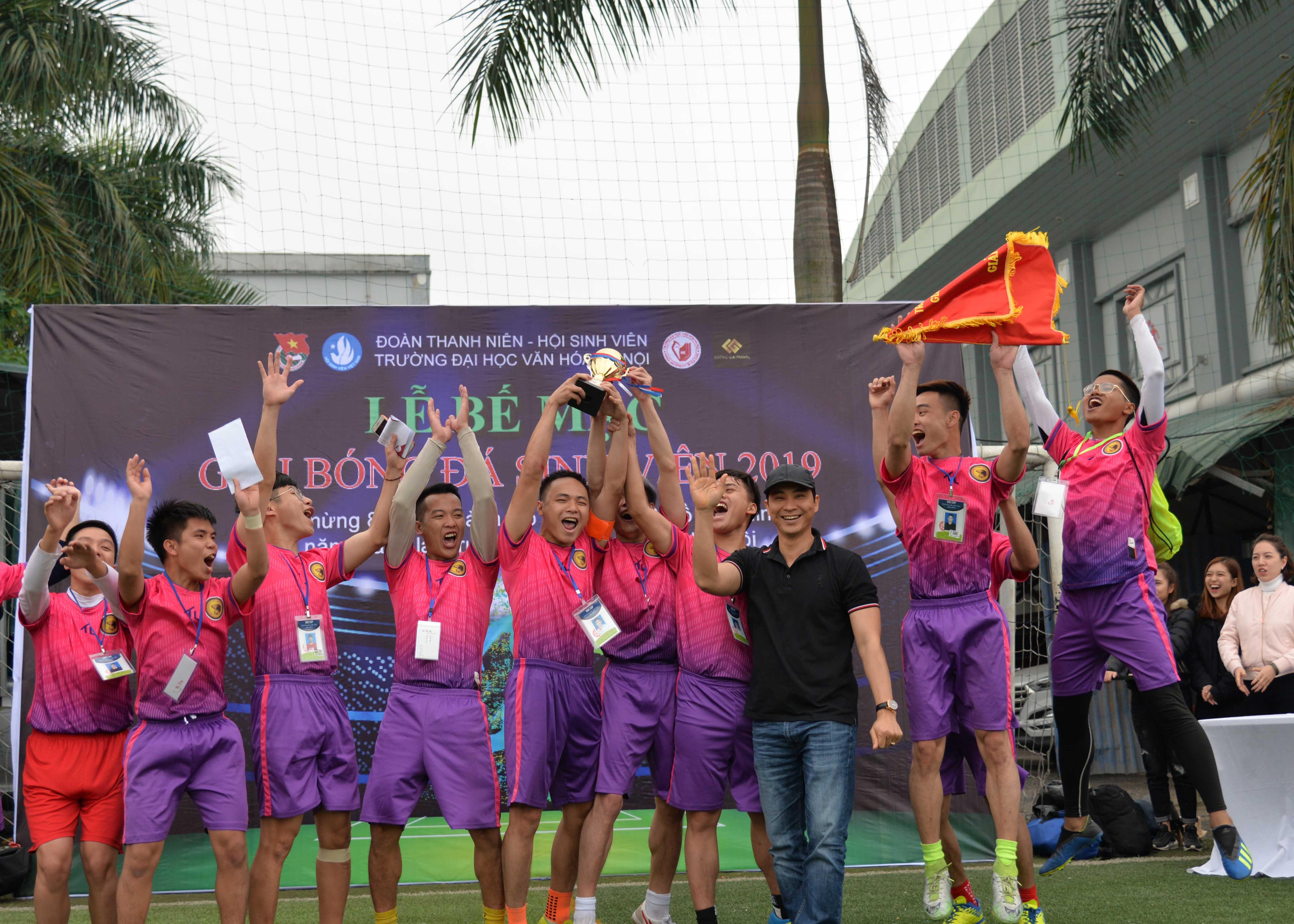 Chung kết giải bóng đá Huc 2019