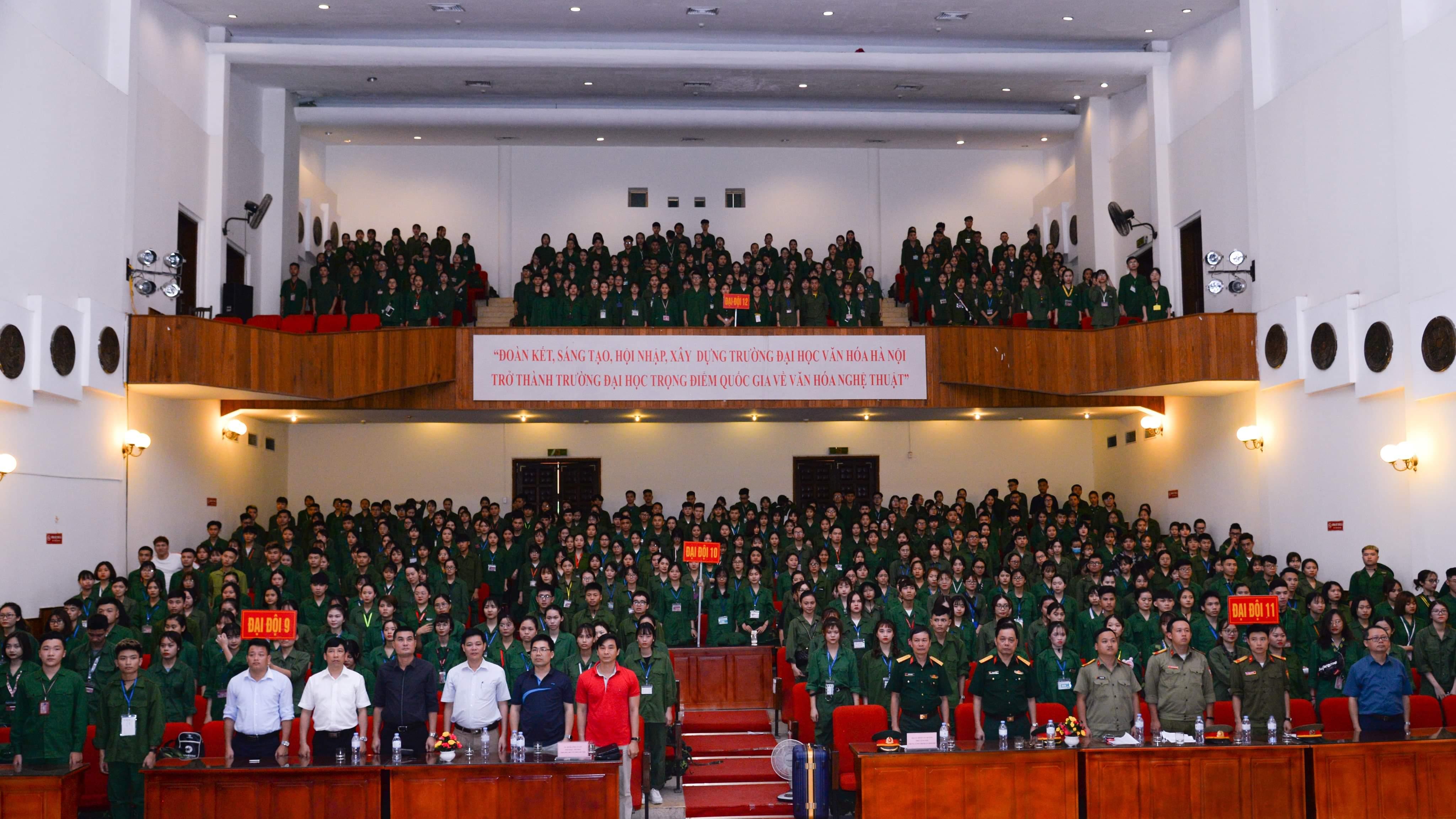 642 sinh viên tham gia khóa học giáo dục quốc phòng và an ninh đầu tiên tại Hòa Lạc
