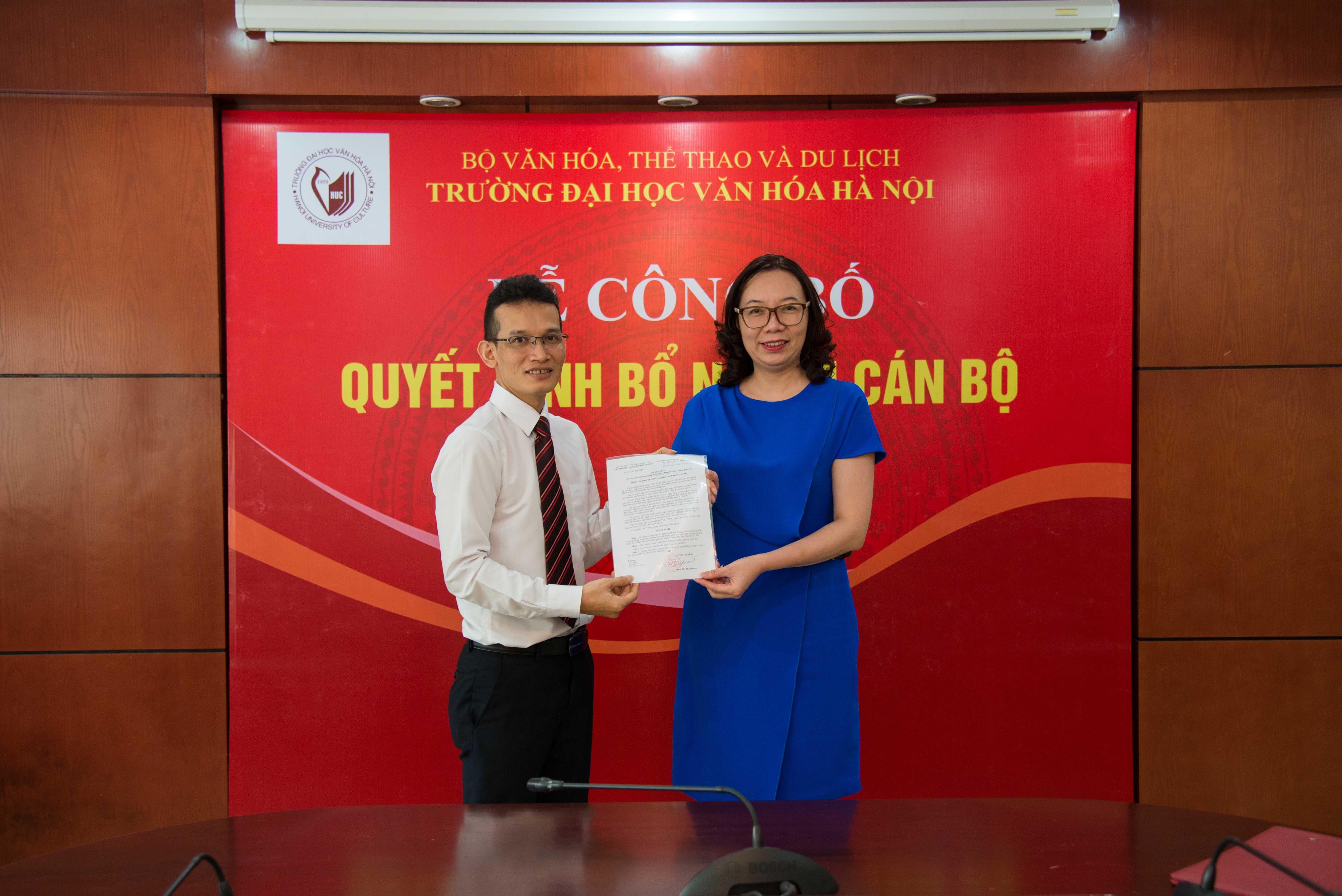 Công bố Quyết định bổ nhiệm Trưởng phòng Khảo thí và Đảm bảo chất lượng giáo dục