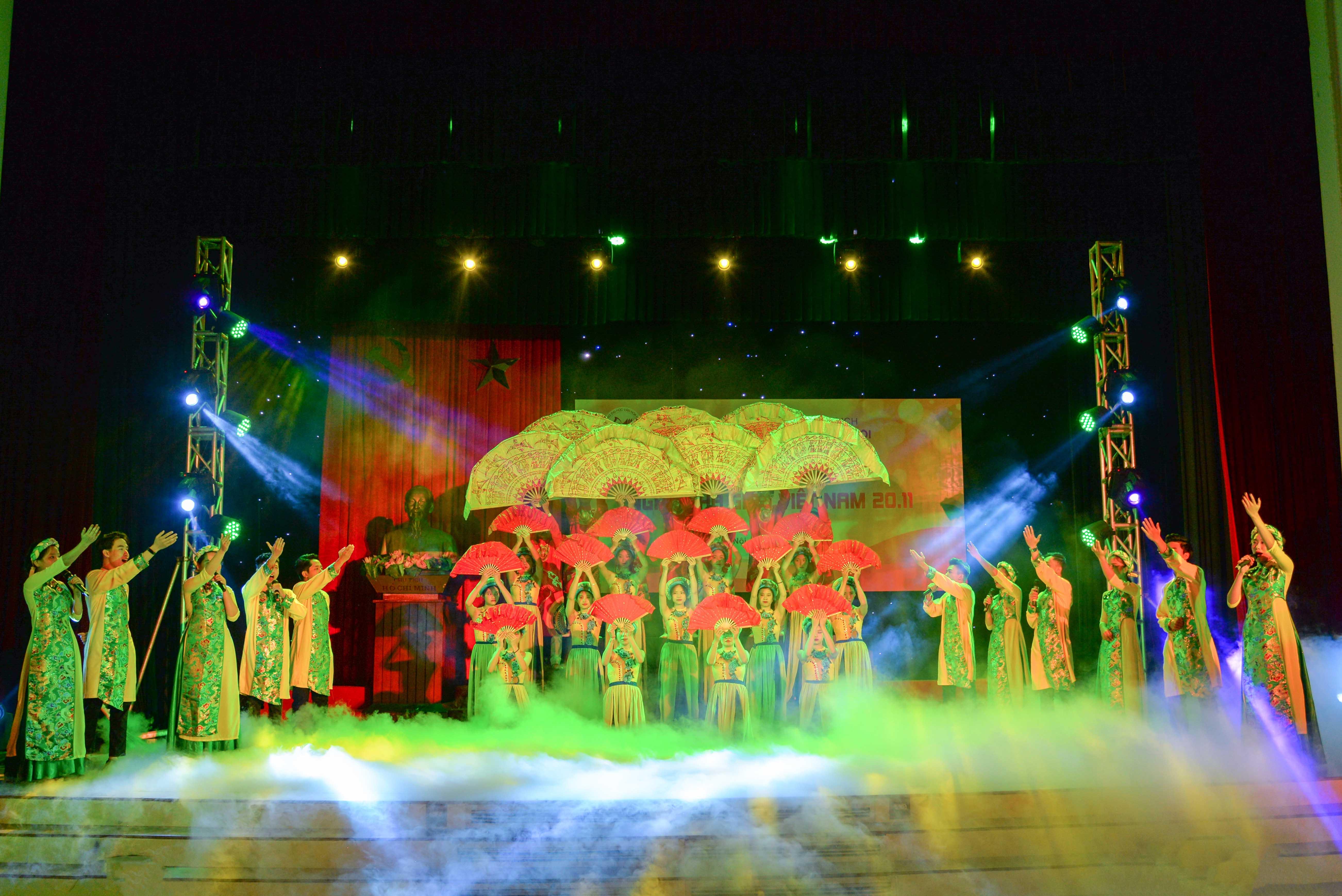 Trường Đại học Văn hóa Hà Nội chào mừng Ngày Nhà giáo Việt Nam 20/11