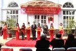 Lễ cắt băng khánh thành nhà D và chương trình kỷ niệm 15 năm thành lập Phòng Công tác sinh viên